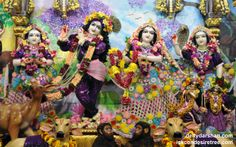 To view Radha Gopinath Wallpaper of ISKCON Chowpatty in difference sizes visit - http://harekrishnawallpapers.com/sri-sri-radha-gopinath-lalita-vishakha-wallpaper-055/