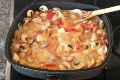 Warum One Pot Gerichte der neue Trend sind Paella, Neue Trends, Vegan, Chicken, Ethnic Recipes, Food, Easy Meals, Food Food, Recipies