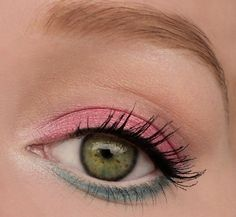 Inspired look with sleek candy palette