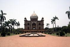 Mausoleum of Safdar Jang in Delhi, India. Photograph 1992 by Gauvin Bailey https://archnet.org/sites/1584?utm_content=bufferdb68a&utm_medium=social&utm_source=pinterest.com&utm_campaign=buffer