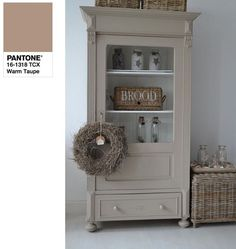 ChiccaCasa: PANTONE #Autumn2016 - Painted furnitures inspo