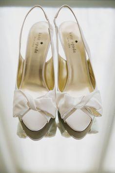 white kate spade bridal shoes #weddingshoes #katespade #weddingchicks http://www.weddingchicks.com/2014/02/11/relaxed-california-wedding/