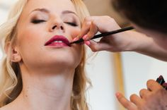 Kobiece usta to siła! | Woman red lips are strong... #lips #wedding #makeup #photo