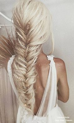 18 Beautiful Wedding Hairstyles from Ulyana Aster, Peinados, 18 Beautiful Wedding Hairstyles from Ulyana Aster – My Stylish Zoo. Long Face Hairstyles, Trending Hairstyles, Beautiful Hairstyles, Long Haircuts, Hairstyles 2016, Black Hairstyles, Girl Hairstyles, Braided Updo, Braided Hairstyles