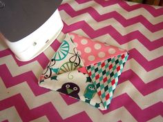 POPPYSEED FABRICS: Holiday coaster tutorial (updated)-last min holiday gifts