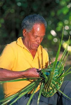 Weaving a Palm Frond Hat