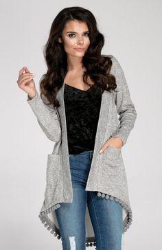 Kardigan z frędzlami. / Cardigan with tassels. Open Cardigan, Kimono Top, My Style, Grey, Model, Clothes, Tops, Tassels, Fashion