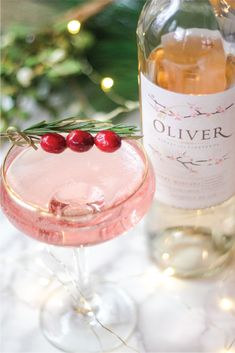 Oct 30 Cherry Moscato Gin creates an instant festive cocktail for your holiday party. Festive Cocktails, Wine Cocktails, Christmas Cocktails, Holiday Drinks, Party Drinks, Cocktail Drinks, Fun Drinks, Yummy Drinks, Holiday Recipes