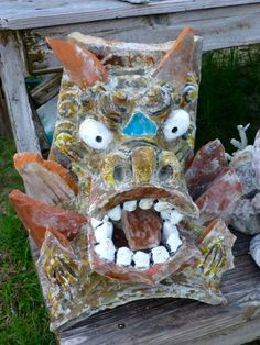 This is the Seesaa used or decorated as the Guardian Lions of houses in Okinawa. Seesaa is a kind of representation of the lion. In Okinawa, every home, restaurant, hotel and supermarket commonly decorates Seesaas at the entrances or on the roof in pair, male and female.blogs.   http://blogs.yahoo.co.jp/whfsc363/66093780.html