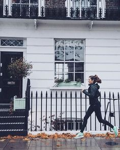 WEBSTA @ rosielondoner - Your winter workout motivation is ready and waiting on www.thelondoner.me ♀️ In collaboration with @nikelondon #nikerunning http://liketk.it/2pEWW @liketoknow.it #ad #liketkit