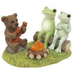 Copeau(コポー)シリーズのレジン製置物。皆で火を囲んで、クマさんのギターを伴奏に歌を唄おう。【幅:7.4、高さ:5.2】 【重さ:g】 2017.01.16
