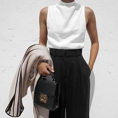 Fashion, Minimal, Minimal chic, Street style Source by chic Street Style Outfits, Looks Street Style, Mode Outfits, Looks Style, Casual Outfits, Fashion Outfits, Womens Fashion, Fashion Trends, Fashion Bags