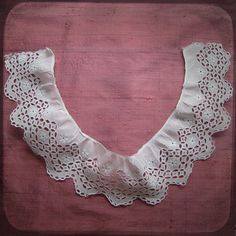 Antique French White Collar Lace with embroideries