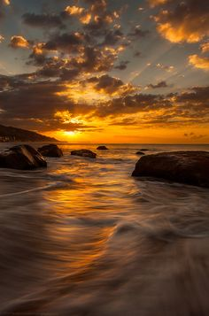 Morning Waves by Paul McConville on 500px