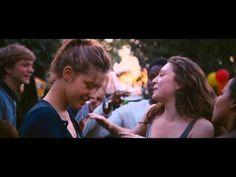 I love this not-very-happy dancing scene... La vie d'Adèle