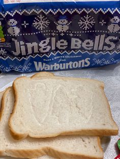 The Christmaspackaging on the Warburtons bread is ideal for making North Pole Toast. Simply stamp Christmas pictures on bread using cookie cutters before toasting. North Pole Breakfast, Breakfast Menu, Savory Breakfast, Best Breakfast, Cinnamon Cereal, Pie Flavors, Simply Stamps, Food Dye, Mince Pies