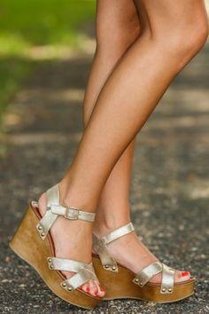 b3e6f959596d Women s Fashion Shoes - Cute   Trendy Young Women Footwear