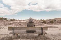 Artróza je dlouhotrvající, pomalu se vyvíjející onemocnění jednoho nebo více kloubů na základě opotřebení kloubní chrupavky. Podle statistik trpí v České republice artrózou pětina obyvatelstva, ve věkové kategorii nad 70 let pak až devadesát procent obyvatel.