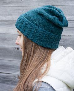 Hand knit hat, yarn Lang Novena. Koukuttamo