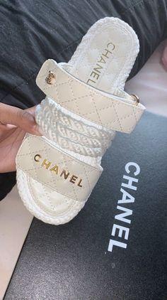 Cute Sandals, Shoes Sandals, Shoes Sneakers, Women Sandals, Gucci, Sneakers Fashion, Fashion Shoes, Chanel Slides, Chanel Sandals