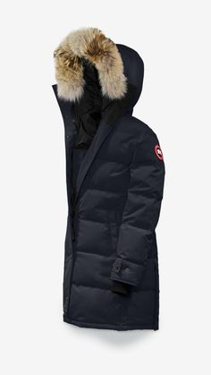 Canada Goose Shelburne Parka Womens Algonquin Green Medium *** You can find more details by visiting the image link. Womens Clothing Online Canada, Discount Womens Clothing, Womens Clothing Stores, Parka Canada, Canada Goose Women, Canada Goose Jackets, Milan Fashion Weeks, New York Fashion, Women's Fashion