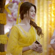 Dp by shao Beautiful Girl Image, Beautiful Smile, Jennifer Winget Beyhadh, Jennifer Love, Indian Beauty Saree, Girls Dpz, Celebs, Celebrities, India Beauty