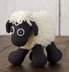 Cute... Crochet sheep (of course none of it makes sense, seeing as I don't know how to crochet)!
