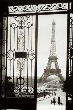 Eiffel Gate, Paris
