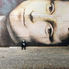 Mona Lisa, Street Art by Columbus artist Brian Clemons on the wall of Reality Theatre, 736 North Pearl Street in the Short North. 3d Street Art, Amazing Street Art, Street Art Graffiti, Street Artists, Amazing Art, Awesome, Banksy, Mona Lisa, Art Ninja