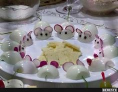 Mice and cheese appetizers Cute Food, Good Food, Yummy Food, Cheese Appetizers, Appetizer Recipes, Brunch Appetizers, Simple Appetizers, Appetizer Party, Seafood Appetizers
