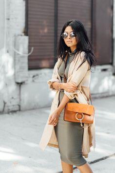 Walk in Wonderland - Petite Fashion & Style Blogger. For more petite fashion & style bloggers visit http://petitestyleonline.com/blogroll/