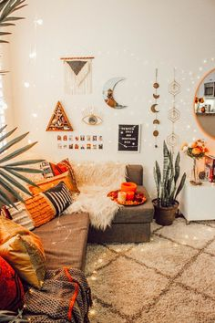 Brave pursued meditation room decor pin this Fall Room Decor, Cute Room Decor, Living Room Decor, Autumn Room, Fall Bedroom, Room Ideas Bedroom, Bedroom Decor, Zen Room, Boho Room
