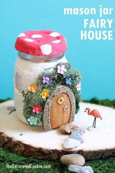 Fairy house crafts idea: Use air-dry clay and mason jars to make a light-up fairy garden mason jar home decoration. Pot Mason Diy, Mason Jars, Mason Jar Crafts, Crafts For Teens To Make, Crafts To Sell, Fun Crafts, Diy And Crafts, Adult Crafts, Fairy House Crafts
