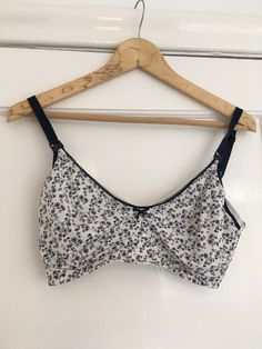 aeec1b44be077 34E Nursing Breastfeeding Bra John Lewis Non Padded Clip Cups Floral  Pattern #fashion #clothing