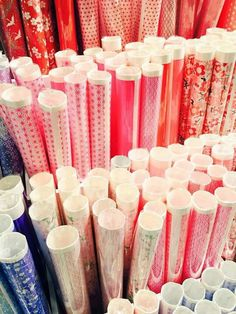 Beaux papiers Paris 2015, Candles, Diy, Paper, Bricolage, Candy, Do It Yourself, Candle Sticks, Homemade