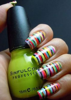 Diseños de Uñas multicolores para el Verano 12
