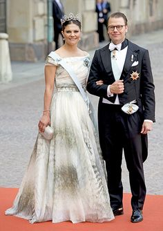 Princess Madeleine and Crown Princess Victoria of Sweden lead the royal guests at Prince Carl Phillip's wedding - Photo 12 | Celebrity news in hellomagazine.com