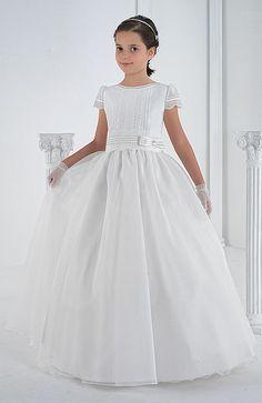 Foto Vestido Comunión Niña Modelo 4119 de Carmy 2014. Catálogo Vestidos de Comunión Carmy Colección 2014