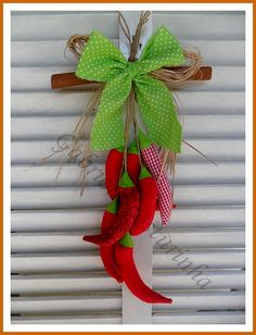 ♥♥ Pendurico de pimentas ♥♥ | por Gabriola Costurinha