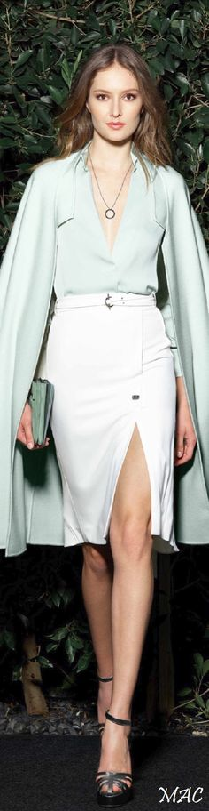 2016 Style | Resort 2016 Halston Heritage Ok a little classic/flat but one of SJP fave brand & have seen her look great in this style. Plus it has many recs. Pair with red shoes for poppage. For days when I'm amongst conservatives or otherwise gotta keep the genie in the bottle.