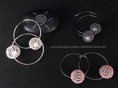 Creolen - UNIKAT gestrickte Ohrringe/Creolen BUBBLE m. Perle - ein Designerstück von stefaniemohr bei DaWanda