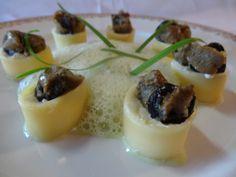 Escargots de la Robine à la ciboule de chine / Snails with oriental garlic from our organic garden