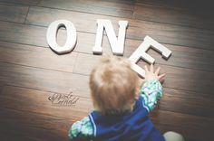 1 year old session ~ Toddler lifestyle photography - One Year Letters - photoshoot - shoot from above