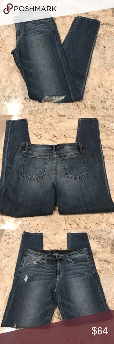 Joe's Jeans Billie Boyfriend Joe's Jeans Billie Slim Boyfriend distressed jean, Becky wash in size 28. Perfect condition!  ......................... 🚫 - No Trades! 🚭 - listings from a non-smoking home 📬 - fast shipping 💌 - Feel free to make an offer!  💯 - items as described, feel free to ask questions  🔍 - search my closet for other great listings! 🛍 - Happy Shopping! Joe's Jeans Jeans Boyfriend