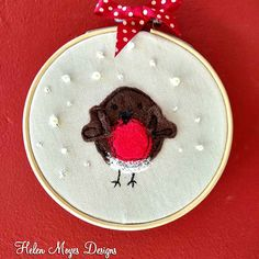 Wooden Embroidery Hoops, Embroidery Scissors, Free Machine Embroidery, White Embroidery, Hemp Leaf, Creative Workshop, Christmas Wishes, Xmas, Sewing Kit