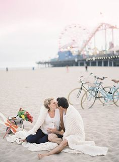 Santa Monica beach maternity session by Jen Huang Photography | 100 Layer Cakelet
