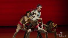 Faust 1 - Gewissen! - Ballett Dortmund  Spielzeit 2015/16 - Ballett Dortmund FAUST I - GEWISSEN! Ballett von Xin Peng Wang Musik von Henryk Mikołaj Górecki Michael Daugherty Superflu Rammstein u.a. www.tdo.li/faust Uraufführung Der Mensch in seinem dunklen Drange ist sich des rechten Weges wohl bewusst. Tatsächlich?  Eine Wette zwischen Gott und dem Teufel soll den Beweis erbringen Alles Wissen hat Faust in sich aufgesogen. Keine Befriedigung vermag er zu finden. Im Moment der Erkenntnis…