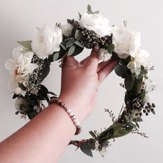 White Dhalia & Ranunculus Flower Crown   www.thecrowncollective.co
