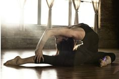 really wish i could do this #flexible #fitness