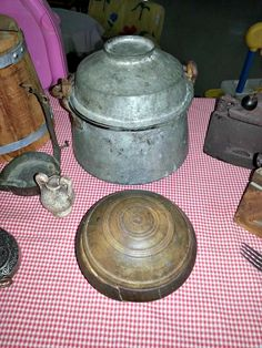 Θέμα Μαρτίου: Λαϊκή Παράδοση στην Ελλάδα! Kettle, Kitchen Appliances, Blog, Diy Kitchen Appliances, Tea Pot, Home Appliances, Blogging, Boiler, Kitchen Gadgets